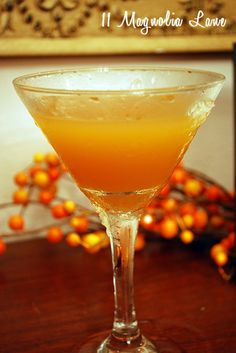 Halloween Tini/Whipped Apple-Cider-Tini....Think I might have to try this at the Brat party Saturday.... :-)