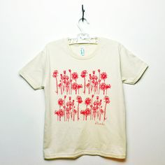 Organic Flower Tee Youth 81012 by KLTworks on Etsy