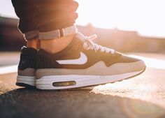 Nike Air Max 1 Hold Tight (by Anthony Eckmann)