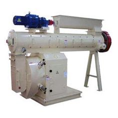 Pellet Mill is meant to be used in flied of animal feed, poultry feed, rabbit feed, aqua feed.