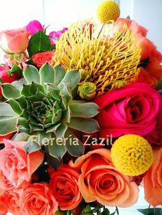 Bodas en Cancú y Riviera Maya   Diseño floral para Bodas y Eventos.  www.floreriazazil.com #floreriasencancun #cancunflorist