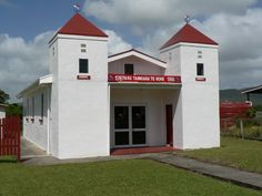 Ratana church on Roma Road Australian Continent, Continents, Modern Architecture, New Zealand, Mansions, House Styles, Outdoor Decor, Industrial, Home Decor