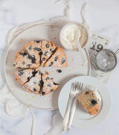 Proste ciasto z porzeczkami – PRZEPIS Easter Cookie Recipes, Easter Cookies, Mint Cookies, Baking Ingredients, Cookie Dough, Food Videos, Thanksgiving, Make It Yourself, Breakfast