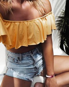 See Want Shop Blogger Lisa Hamilton | Yellow off the shoulder top |