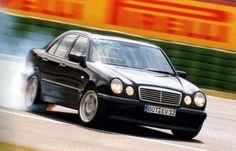 582 PS Brabus Mercedes E V12 W210