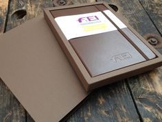 Custom made presentation boxes using ColorPlan GF Smith card for branded, brown, notebook - branding and box creation by Noted in Style. Calendar Diary, Office Calendar, Custom Made Gift, Packaging Ideas, Gift Bags, Notebooks, Bespoke, Presentation, Boxes