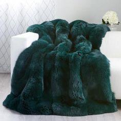Real Fur Blankets & Fur Throws Custom Full Pelt Fox Fur Blanket / Fur Throw in Evergreen