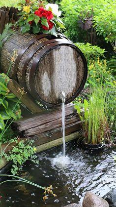 Ponds Backyard, Backyard Landscaping, Garden Ponds, Landscaping Ideas, Backyard Ideas, Diy Garden Fountains, Garden Waterfall, Vintage Garden Decor, Small Gardens