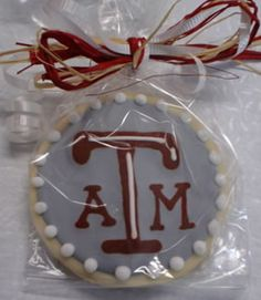 Chunsa Nabi - would hubby eat it or save it for life?   He loves his Aggies!