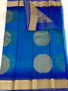 Elegant Fashion Wear Explore the trendy fashion wear by different stores from India Elegant Fashion Wear, Trendy Fashion, Womens Fashion, Organza Saree, Saree Look, India Jewelry, Traditional Sarees, Handloom Saree, Saree Wedding