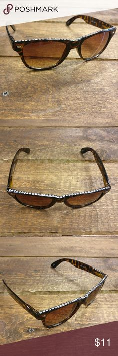 Tortoise Shell Rhinestone Sunglasses Festival season, spring, summer, peace, love and sunshine! It's right around the corner and you'll definitely need these statement shades!  Plastic sunglasses Rhinestones along the top give a very subtle but unique look Tortoise shell  100% UV protection CLE Threads Accessories Sunglasses