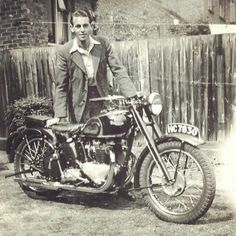 1946 Triumph Speed Twin Motorcycle | Classic Vintage Bike