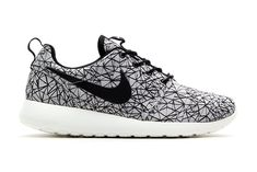 Nike Roshe Run GPX Summit White/Black