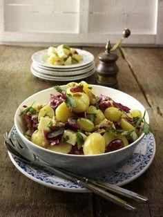 Kartoffelsalat mit Nuss-Vinaigrette