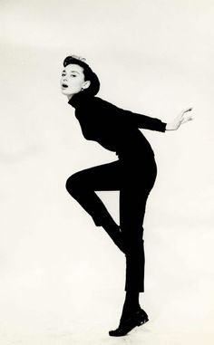 Audrey Hepburn Funny Face1957 - as our tour approaches I can't help but be inspired again and again by this style diva!