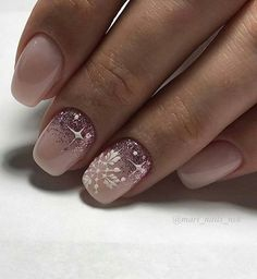 Niedliche Schnee Nagel Kunst Maniküre Design Ideen Years ago, when the number of attendees Cute Christmas Nails, Xmas Nails, Holiday Nails, Christmas Manicure, Christmas Glitter, Christmas Quotes, Christmas Christmas, Christmas Ideas, Snow Nails