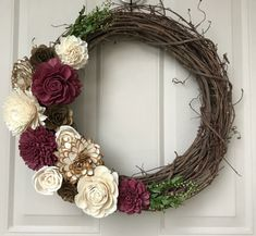 Wreath Crafts, Diy Wreath, Grapevine Wreath, Wreaths, Cool Diy Projects, Wood Projects, Project Ideas, Craft Projects, Sola Wood Flowers
