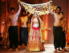Aditi Rao Hydari in http://PreetiSKapoor.com/ Lehenga @ Aamby Valley India Bridal Fashion Week (Dec) 2013
