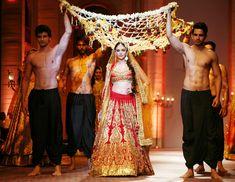 Aditi Rao Hydari in http://PreetiSKapoor.com/ Lehenga @ Aamby Valley India Bridal Fashion Week (Dec) 2013