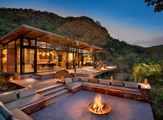 A luxury lodge tucked into the mountain side with 5 luxurious Eco-Suites. The perfect home base for Big Five walking trails in the Marakele Park