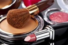 The Best Makeup for Women Over 50 Years Old (with Pictures) | eHow