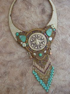 Bee Hive Collar Necklace by HeidiKummliDesigns on Etsy