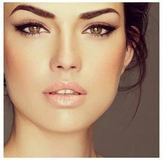 Simple stunning makeup for mature women - over 40. More makeup hints and tips, plus watch me applying my makeup in quick time, on the blog at www.lifestylemaven.co.uk