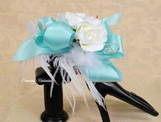 Determining Who Wears Flowers At Wedding For The Best Planning – Bridezilla Flowers Blue Corsage, Prom Corsage And Boutonniere, Flower Corsage, Corsage Wedding, Wrist Corsage, Boutonnieres, Prom Flowers, Wedding Flowers, Wedding Bouquets