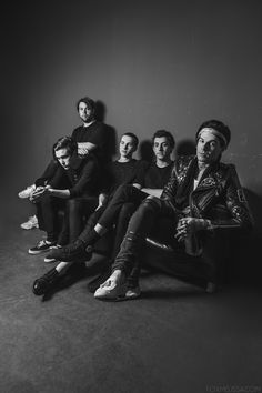 Find images and videos about music, the neighbourhood and jesse rutherford on We Heart It - the app to get lost in what you love. Jesse Rutherford, French Montana, Zach Abels, The Neighbourhood, The Wombats, Pop Rock, Indie Music, Indie Singers, Band Memes