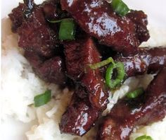 Copycat P.F. Chang's Mongolian Beef Recipe | If you're a huge fan of Chinese food, you'll love this recipe for P.F. Chang's Mongolian beef.