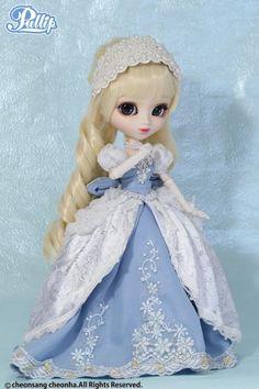 Pullip Cinderella Dahlia December 2013