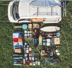 都市生活はおろか、家も捨て。本当に必要なモノだけを「van(バン)」に積みこみ、到着地のない旅に出る。近年、そ…