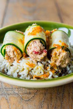 ensalada de arroz salvaje con calabacín y atún