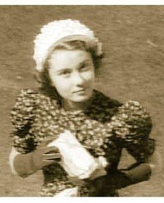 "In her first film role, Audrey played an airline stewardess in ""Nederlands in Zeven Lessen,"" a short Dutch travelogue film, 1948. Audrey Hepburn Estate Collection."