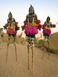Masked Ceremonial Dogon Dancers, Sangha, Dogon Country, Mali Fotografie-Druck
