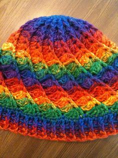 Divine Hat crochet pattern on Ravelry.  Great striping. Click on Divine Hat link on page to get free pattern.