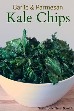 & Parmesan Kale Chips Garlic and Parmesan Kale Chips- the yummiest, healthiest and easiest snack!Garlic and Parmesan Kale Chips- the yummiest, healthiest and easiest snack! Kale Recipes, Vegetable Recipes, Vegetarian Recipes, Healthy Recipes, Healthy Cooking, Healthy Eating, Cooking Recipes, Easy Snacks, Healthy Snacks