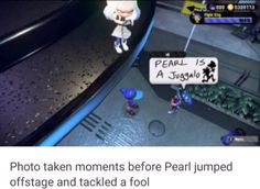 Photo taken moments before Pearl jumped offstage and tackled a fool - iFunny :) Splatoon Memes, Splatoon Comics, Nintendo Splatoon, Splat Tim, Pearl And Marina, Challenge, Funny Images, Popular Memes, Callie And Marie