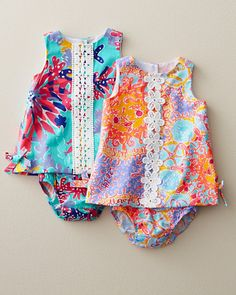 Little Lilly Baby Shift by Lilly Pulitzer Baby Girls Watch out friends Little Girl Fashion, My Little Girl, My Baby Girl, Baby Love, Kids Fashion, Gq Fashion, Outfits Niños, Kids Outfits, Baby Outfits