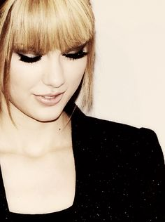 Taylor is so very perfect it's unreal.