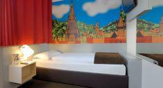 Barrierefreies Zimmer im B&B Hotel Freiburg-Süd