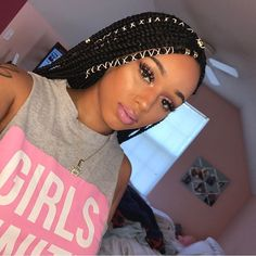 18 different ways to accessorize your box braids Jewelry for Braids Natural Hair Hair Style Long Hair Hair Inspiration Black Girl Make up Box Braids Hairstyles, Girl Hairstyles, Protective Hairstyles, Hairstyles Haircuts, Birthday Hairstyles, Hairstyle Braid, Dreadlock Hairstyles, Wedding Hairstyles, Afro Hair Style