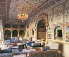 A mahārāja's mansion is the surreal setting for Samode Palace boutique hotel near Jaipur, in rural Rajasthan. India Palace, Jaipur India, Colourful Lounge, Mr And Mrs Smith, Indian Interiors, Indian Architecture, Palace Hotel, Hotels And Resorts, Places