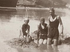 Gods and Foolish Grandeur: When a Romanov puts on a swimsuit - le prince Théodore Alexandrovitch de Russie à la plage