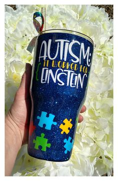 Autism habits management, Indications & Signs and Early treatment assistance knowledge for young parents Diy Tumblers, Custom Tumblers, Glitter Tumblers, Tasse Thermos, Autism Crafts, Autism Awareness Crafts, Tumblr Cup, Down Syndrom, Autism Support