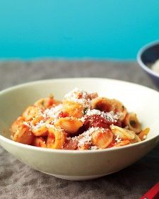 To Try: Orecchiette with Bacon and Tomato Sauce. To give basic tomato sauce an extra kick, turn to bacon and red-pepper flakes. Just a little of each gives the sauce a lightly spicy, smoky flavor.    Store the leftover pasta in a resealable container in the refrigerator; use it to make a Pasta and Cheese Frittata.