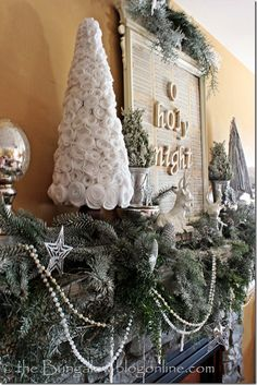 MANTLE/CHRISTMAS CRAFTS