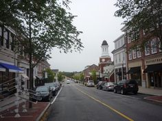 Mashpee Commons downtown district, Mashpee Cape Cod: http://visitingnewengland.com/mashpee-commons-cape-cod.html #mashpeecommons #capecodshopping