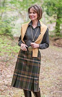 Plaid Invert Pleat Skirt