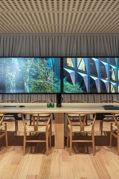 Leading Architecture firm Fitzpatrick + Partners have used DecorLux Max in their sleek studio renovation in Castlereagh Street in Sydney's CBD. Dining Table, Studio, Architecture, Street, Projects, Furniture, Home Decor, Arquitetura, Log Projects